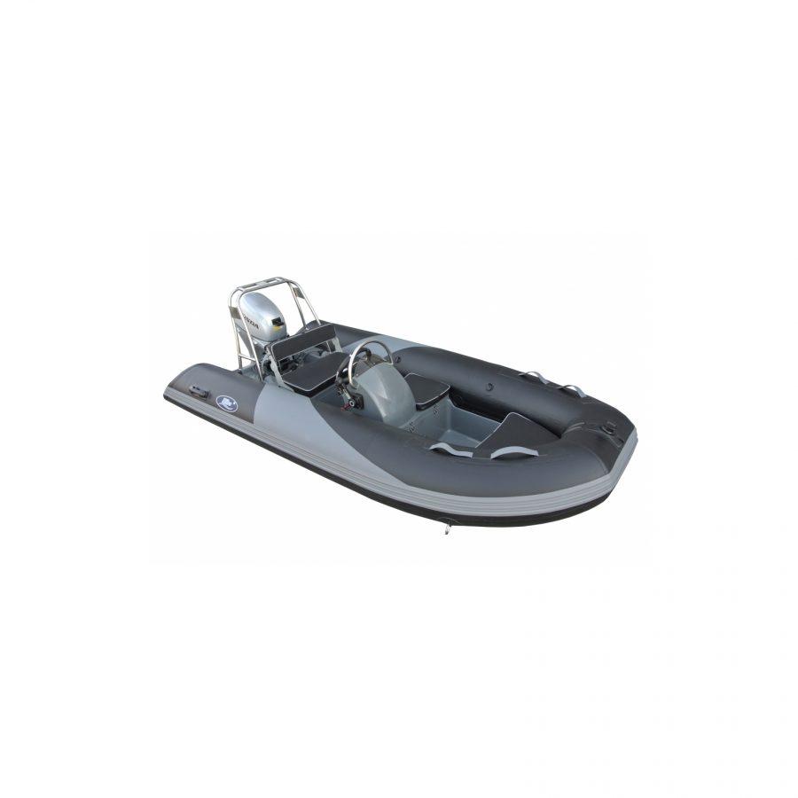 rubberboot met motor plaatje